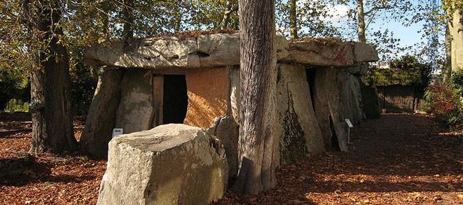 Le Dolmen de Bagneux, monument mégalithique à Saumur