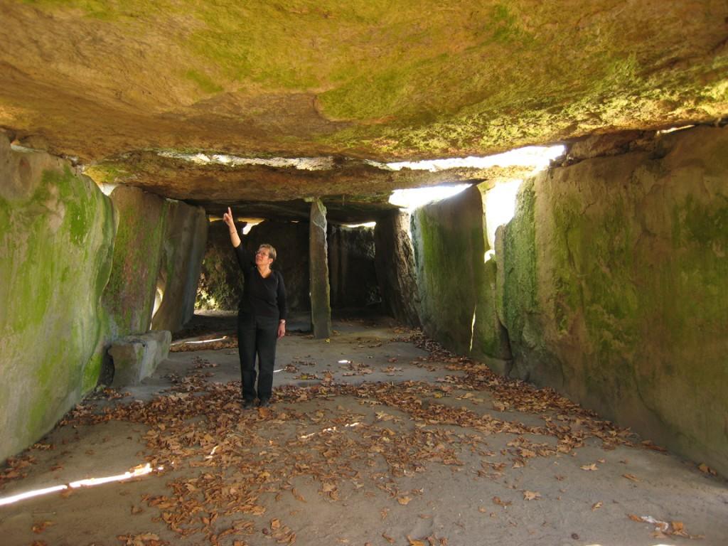 dolmen-bagneux-saumur-interieur