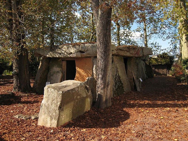 saumur-dolmen-bagneux