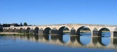 Gien, ville de bord de Loire