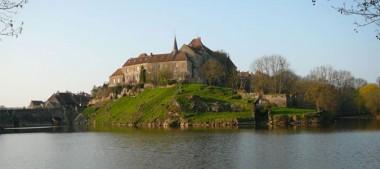 Les Plus Beaux Villages de France en Région Centre Val de Loire –  Saint Benoît du Sault