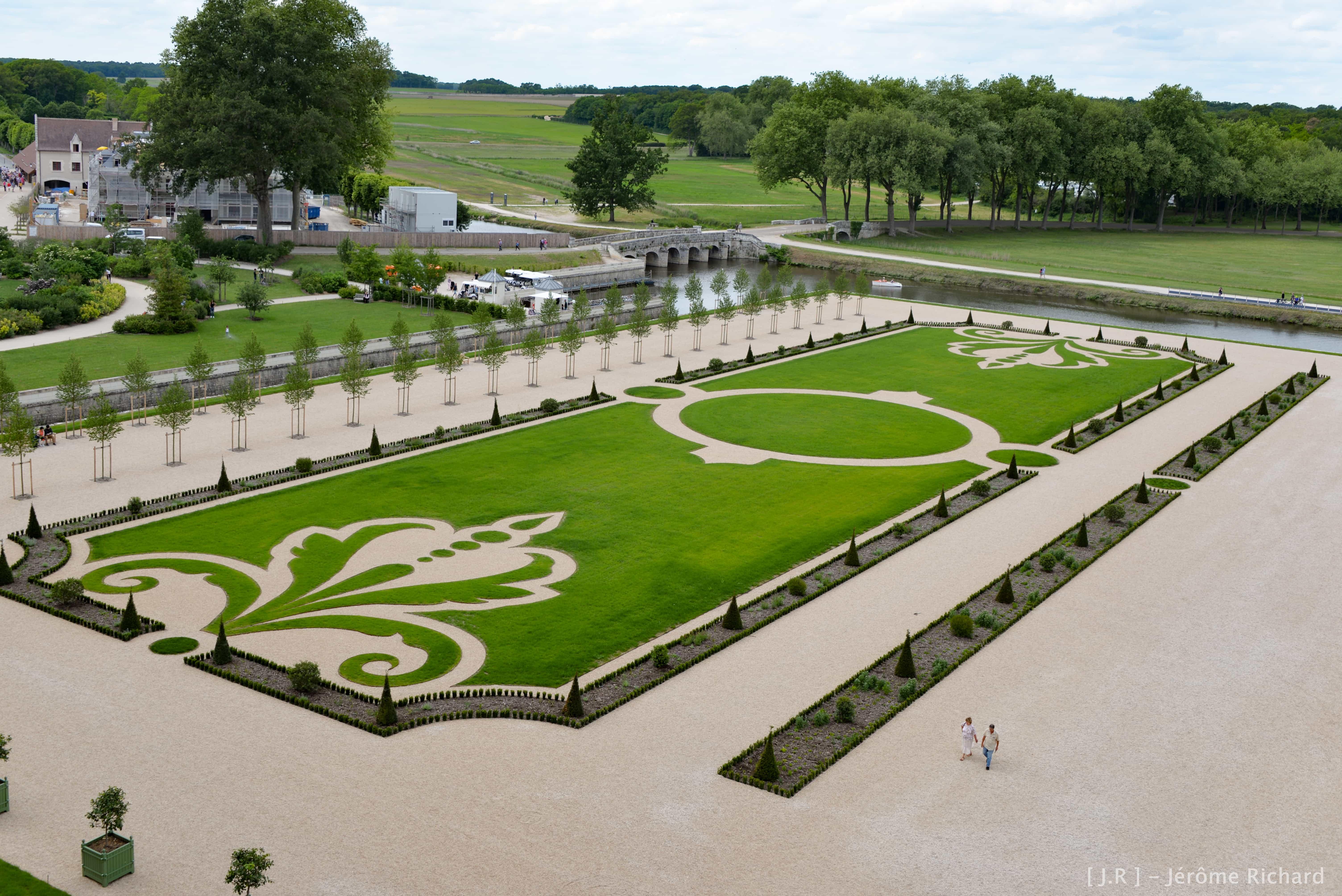 Chambord retrouve ses lettres de noblesse avec ses jardins for Jardin a la francaise chambord