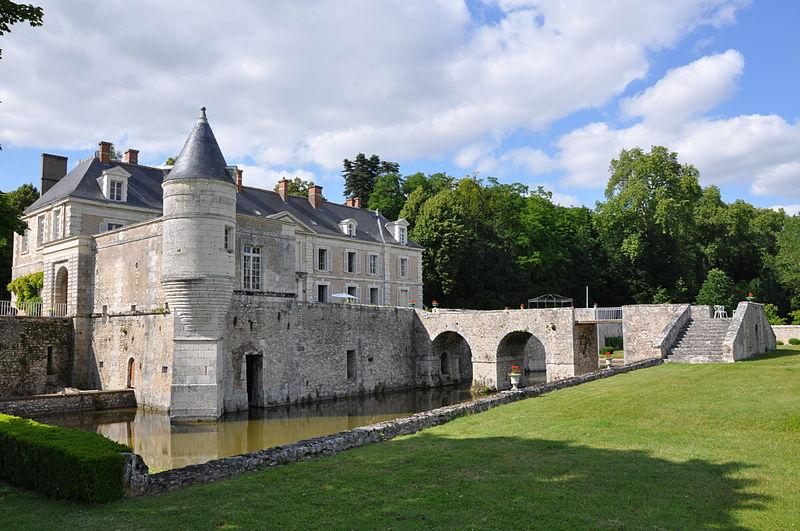 chateau-saint-denis-sur-loire-aaygues