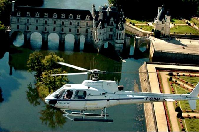 Vol au dessus du château de Chenonceau - Droits Réservés