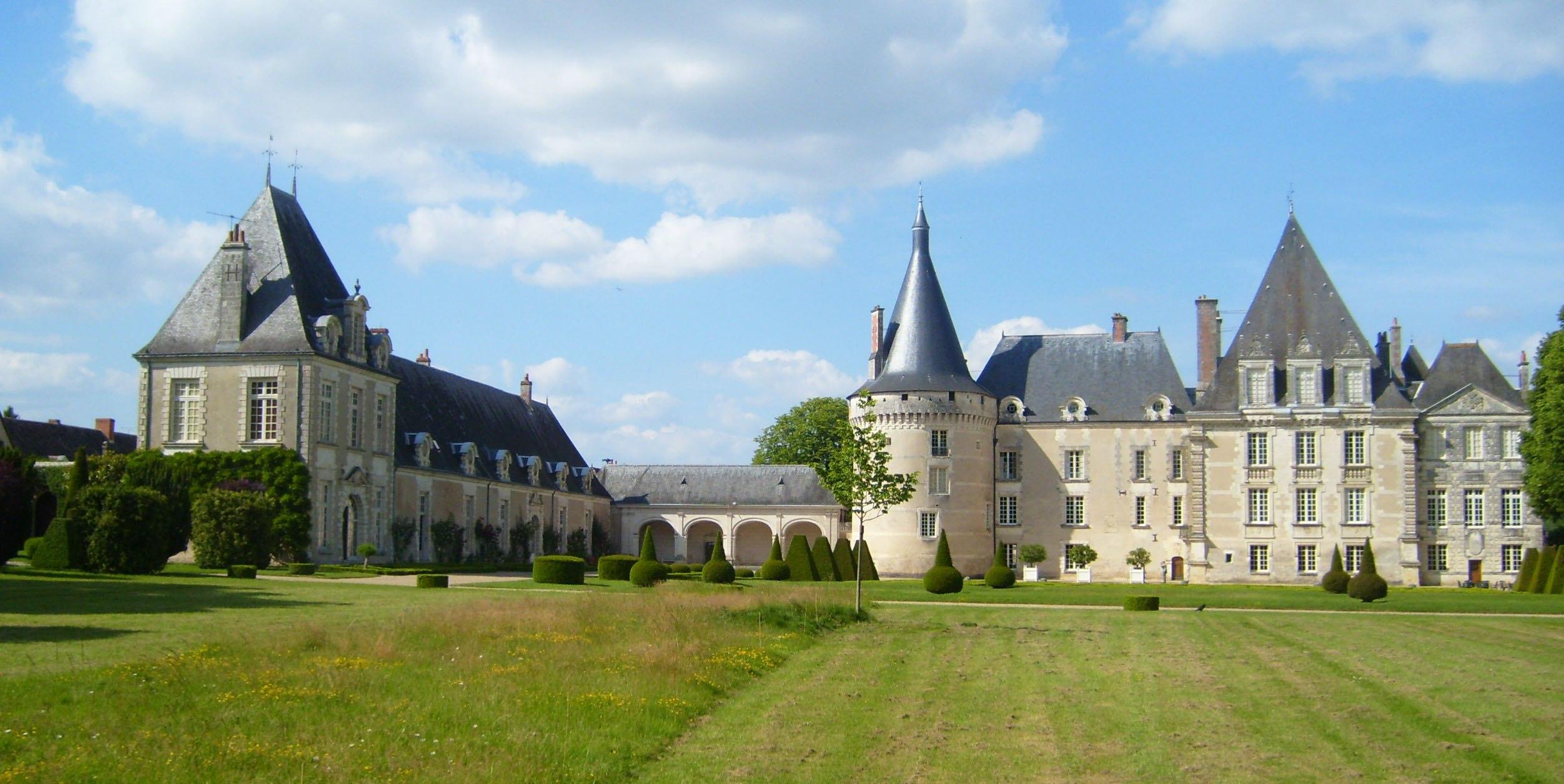 Chateau-Azay-le-Ferron