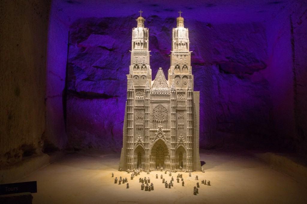 pierre-et-lumiere-cathedrale