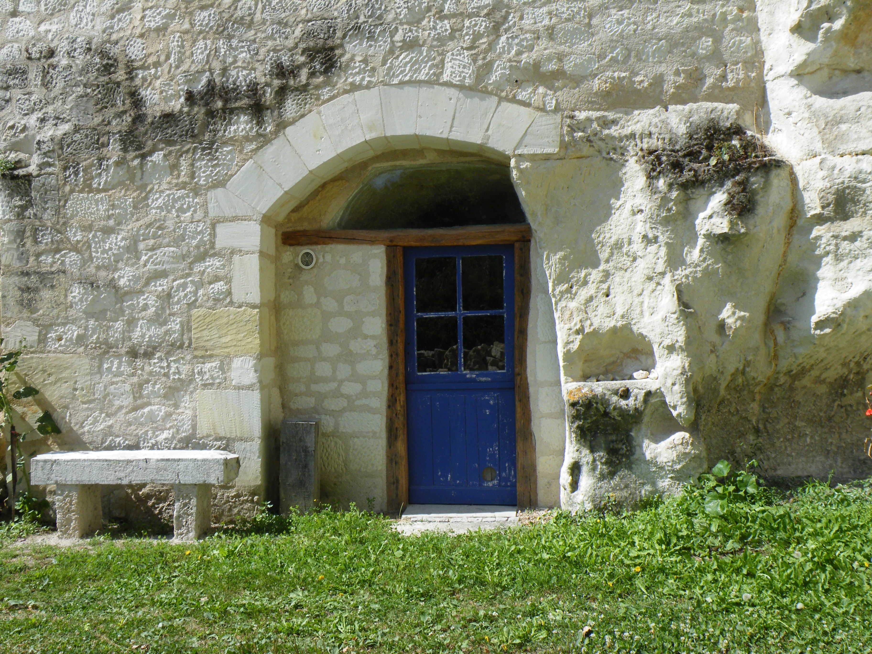 maison-troglo-bourre-adt41-clazi.jpg