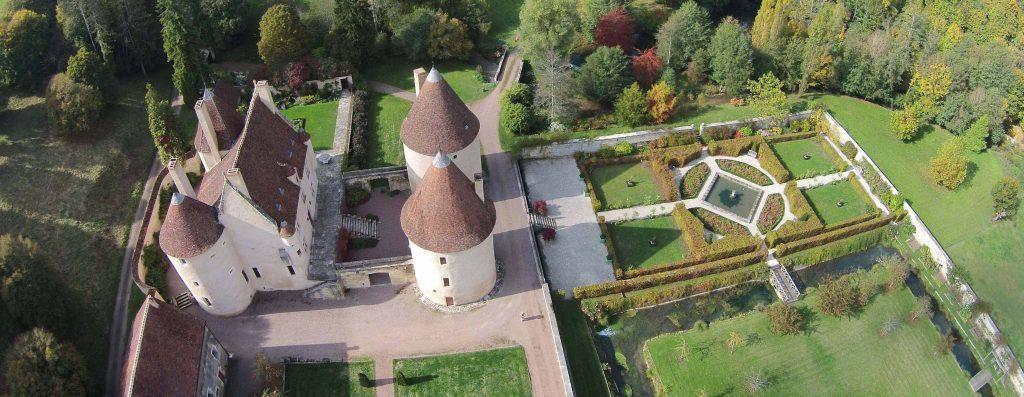 jardins et chateau de corbelin Nievre