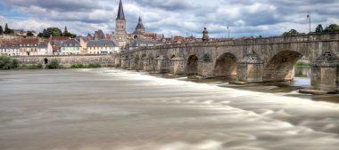 La Charité-sur-Loire, une visite par mots et merveilles