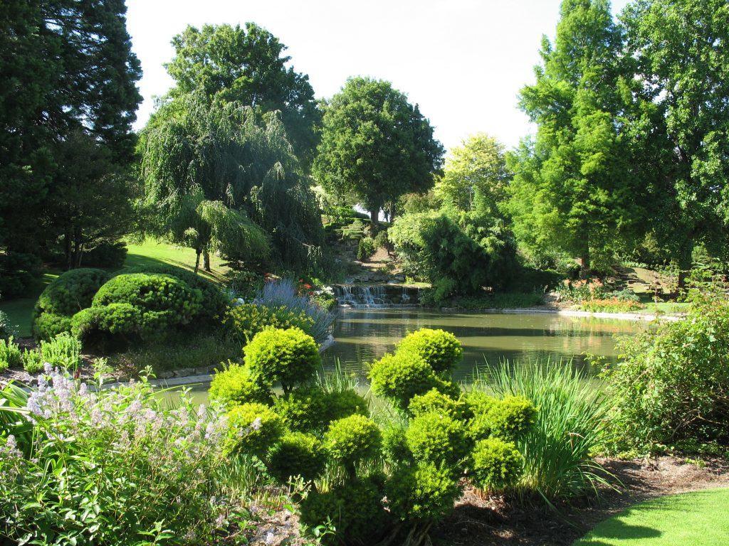 Loire v lo val de loire for Apremont sur allier jardin