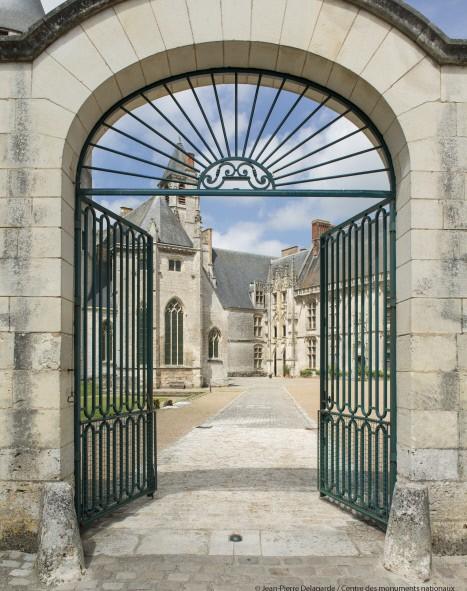 Château de Châteaudun, portail d'entrée