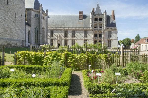 jardins-suspendus-chateau-dunois-chateaudun-cmn-02
