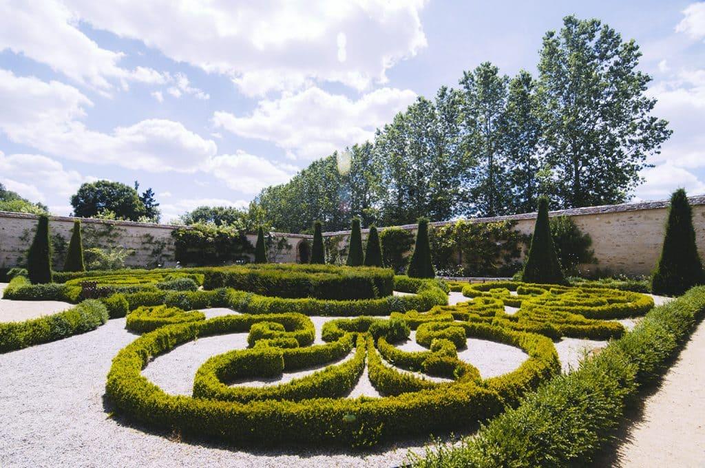 jardins-secrets-cher-berry-chateau-ainay-le-vieil-302390