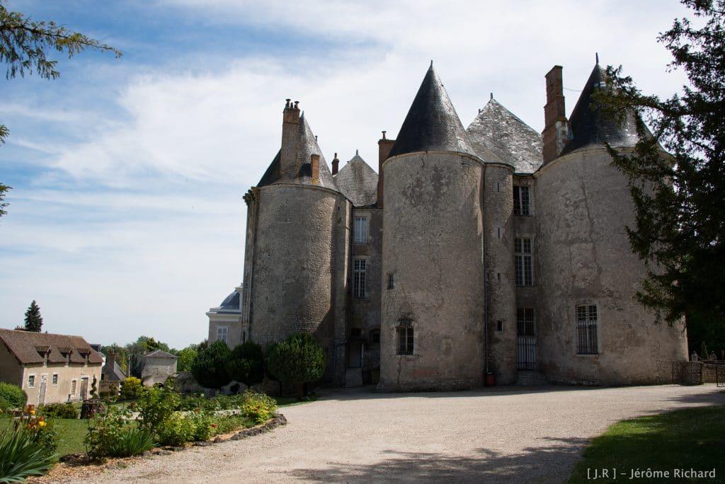 Chateau-de-meung-sur-loire-My-Loire-Valley