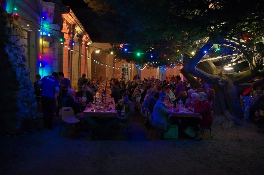 ville-montreuil-bellay-evenement-boustifaille-juillet