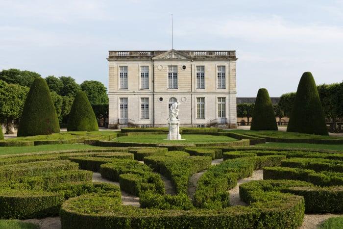Château de Bouges, façade nord