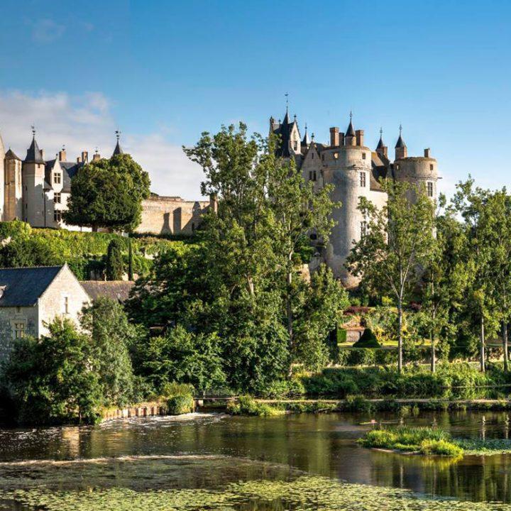 Panorama de la ville de Montreuil-Bellay en Anjou