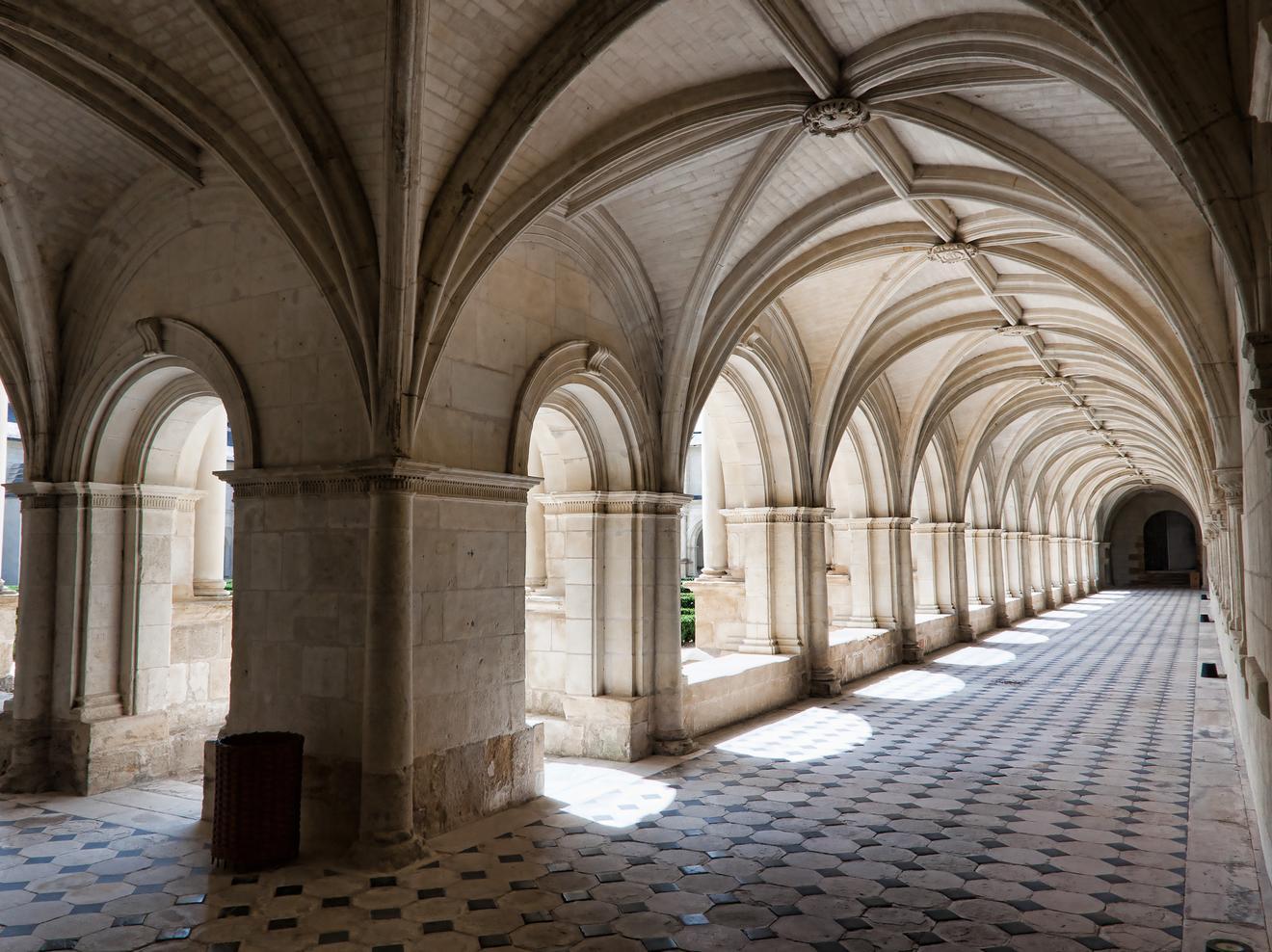 Cloître du grand moûtier, de l'abbaye de Fontevraud par Jean-Christophe Benoist