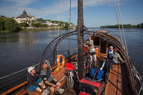 bateau-candes-saint-martin©P.Forget - CRT Centre-Val de Loire