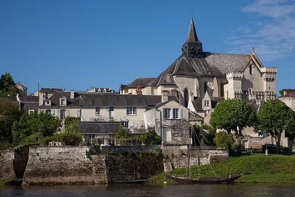candes-saint-martin-collegiale©P.Forget - CRT Centre-Val de Loire