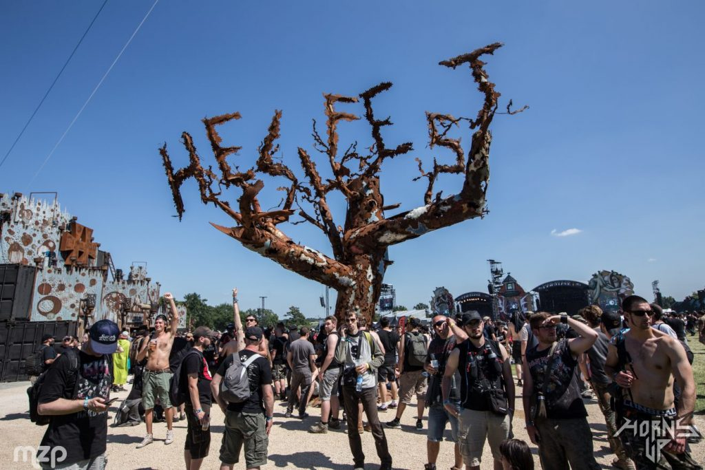 clisson-arbre-hellfest-metal-festival©mzagerp