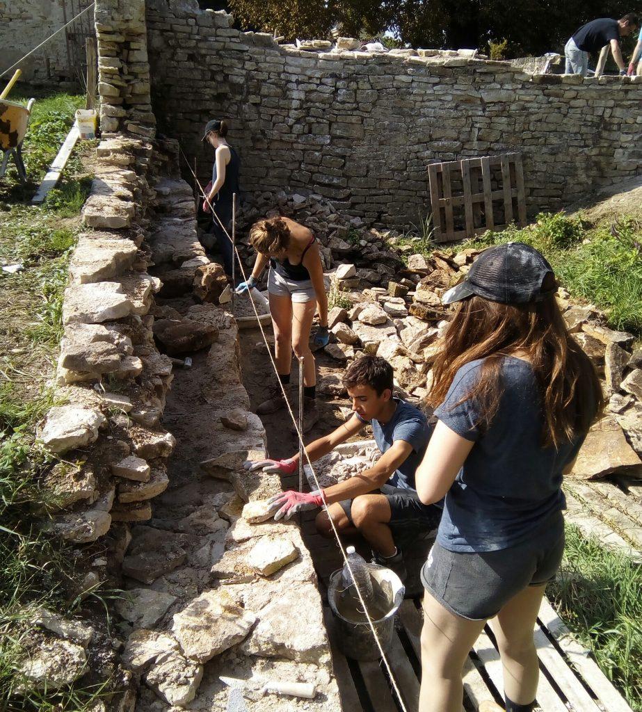 Le château de villars (c) chantier rempart