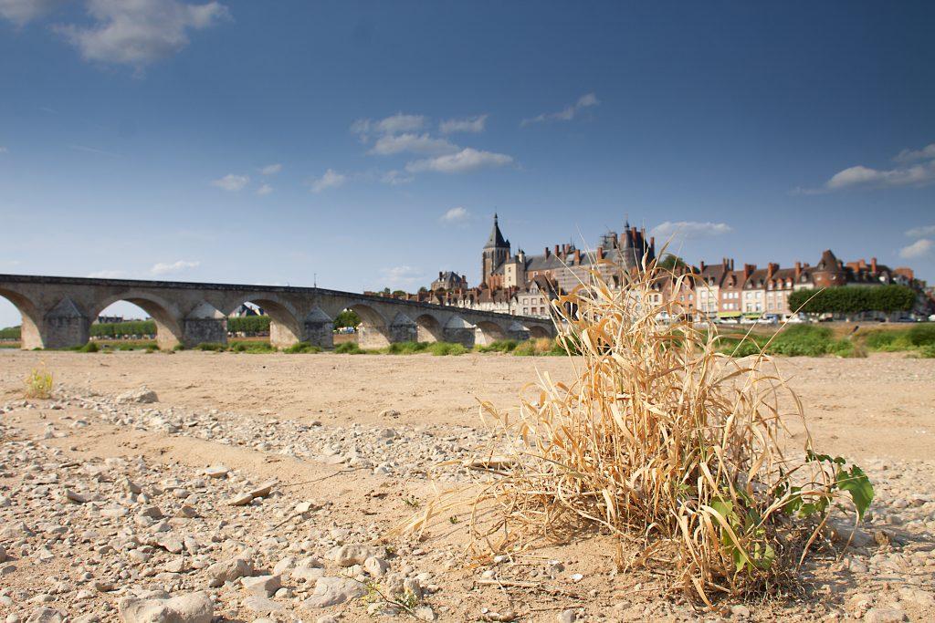 Gien - vue de la plage autre rive © OT de Gien - Christophe Lorsch
