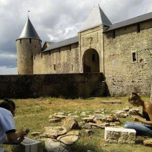 pierres-chantier-chateau-villars-nievre(DR) château de Villars (via facebook)