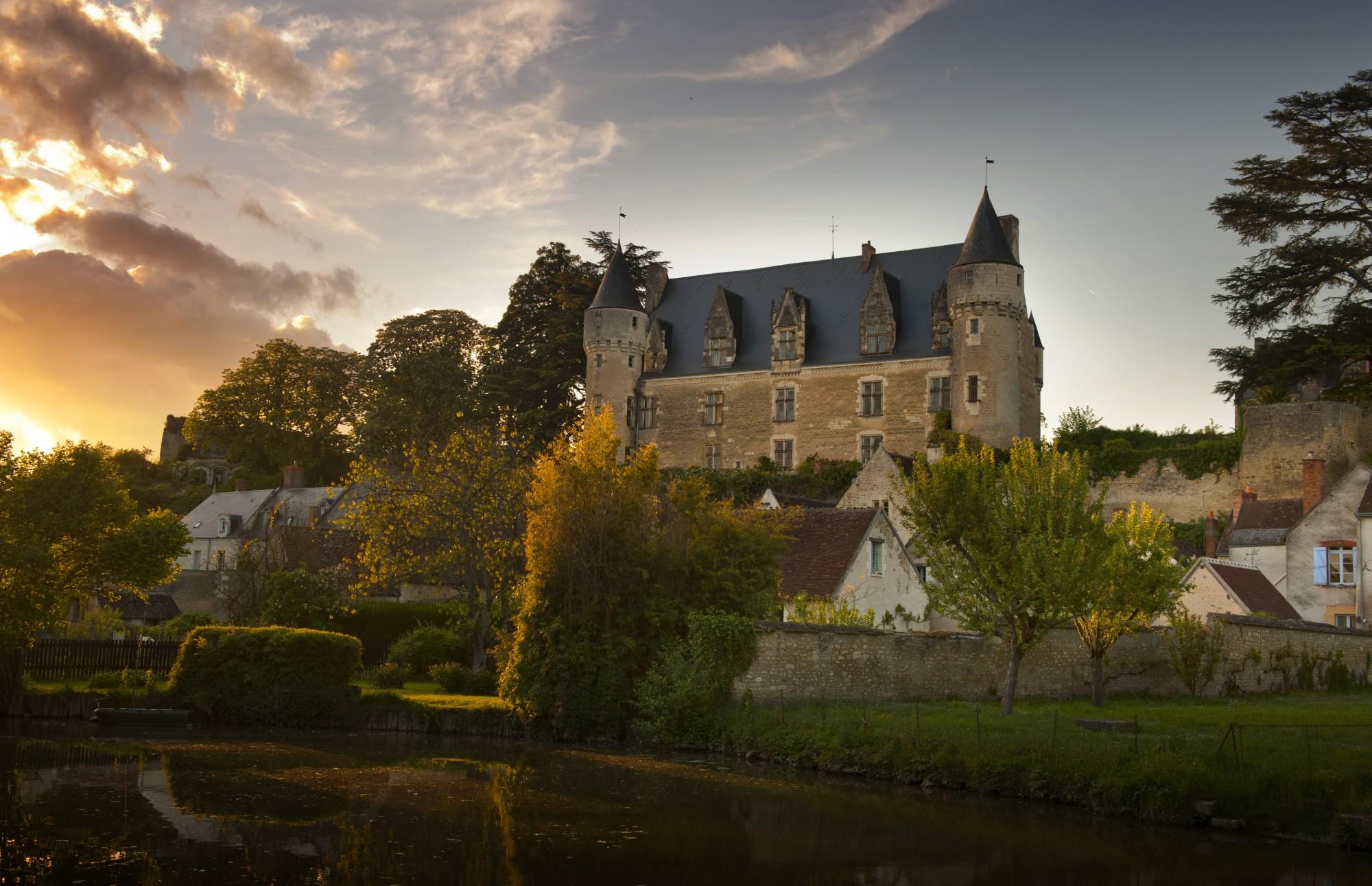montresor-balcon-indrois-chateau-crepusculeDSC_7381 1