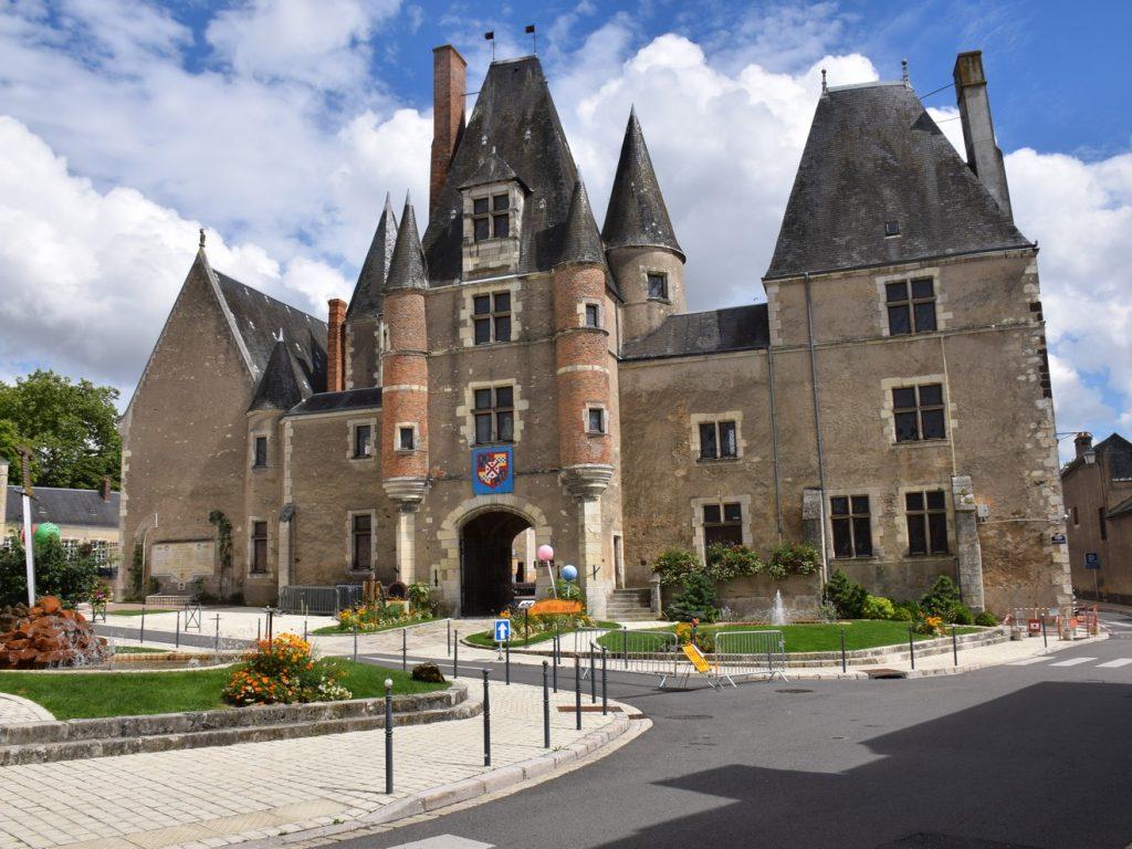 Chateau des Stuarts - Aubigny sur Nere