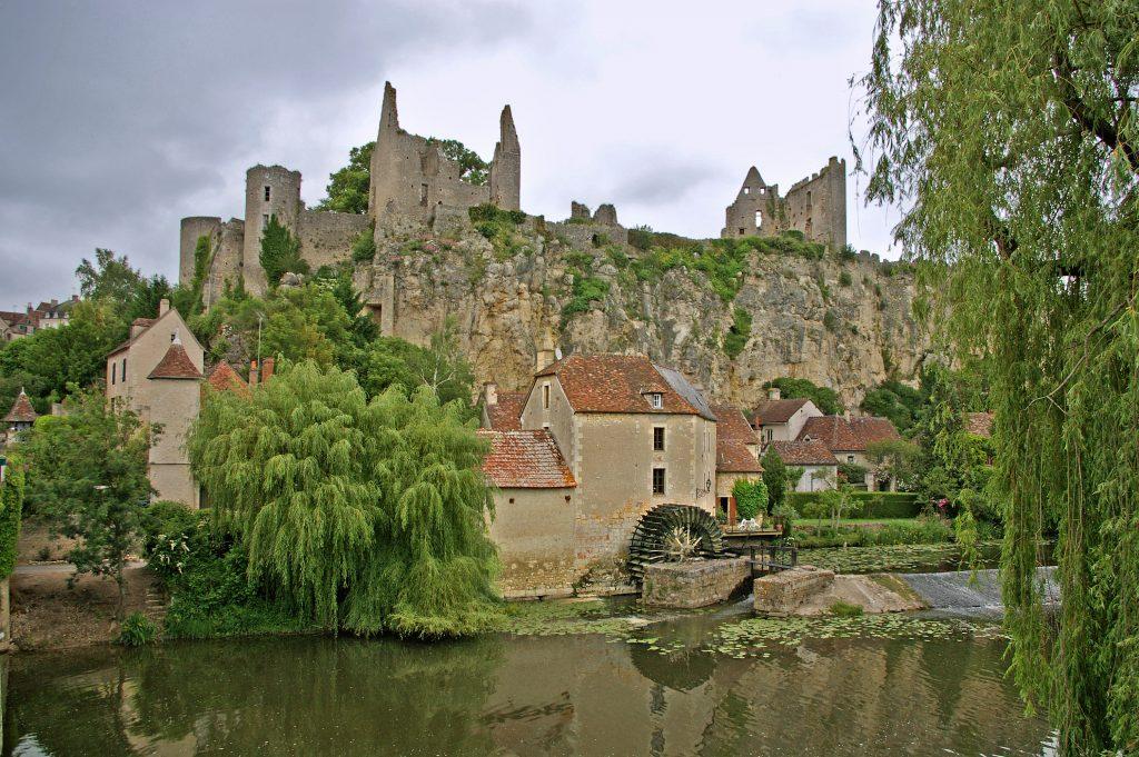 La Vienne et la forteresse - Angles sur l'Anglin