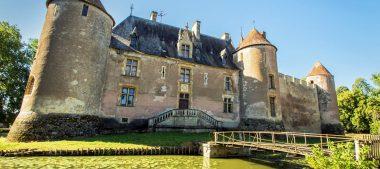 Château d'Ainay-le-Vieil, un incontournable en Berry
