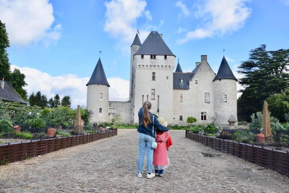 chateau-du-rivau-visite-famille-sophie-ory-we-loire-family