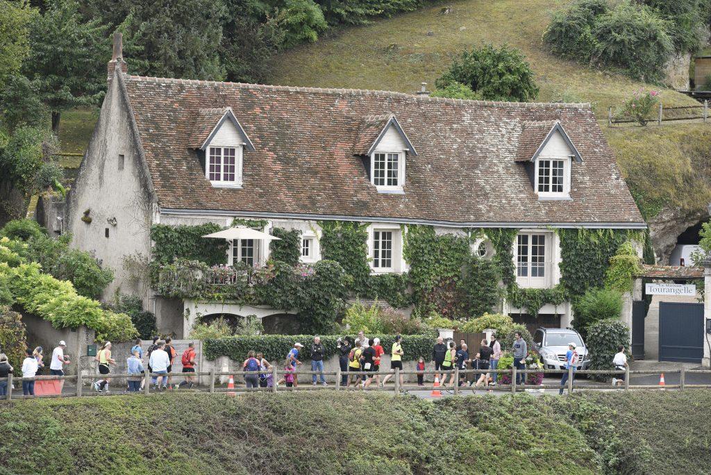 touraine-loire-valley-marathon-c-yves-maguy (1)
