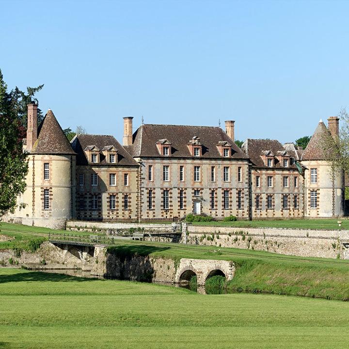 Château de la rivière dans l'Eure et Loir