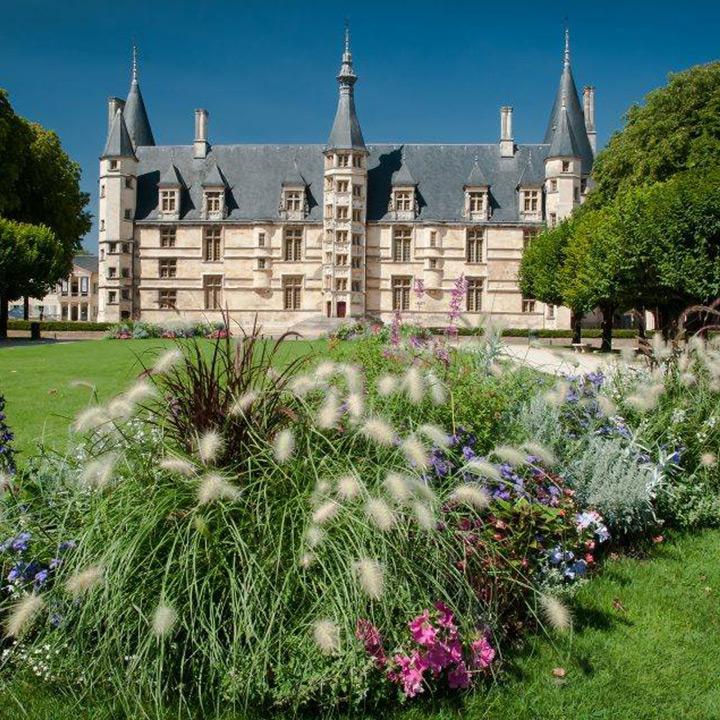 Palais Ducal de Nevers château de la Nièvre