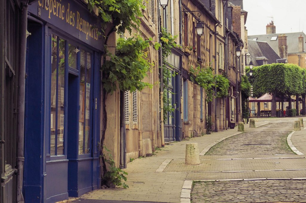 Bourges-Eliott_Luciani