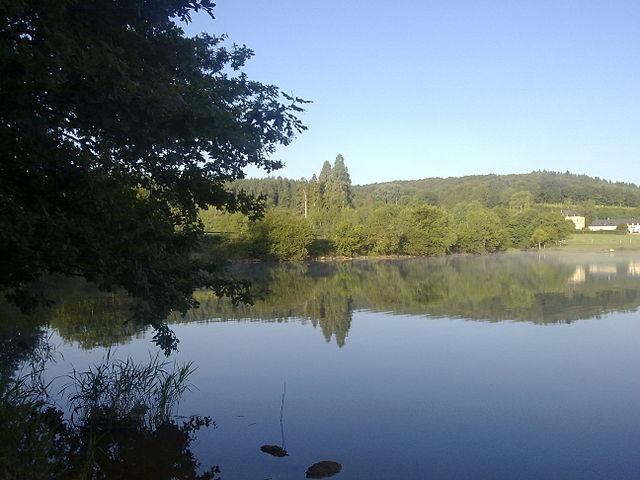 Lac_de_Saint-Agnan_Nièvre_France