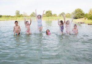 baignade naturelle du grand chambord enfants