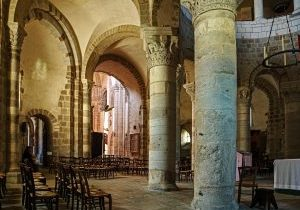 basilique-neuvy-saint-sepulchre (5)